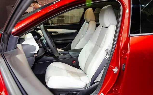 Đánh giá mazda 3 2020 sedan premium hàng ghế trước