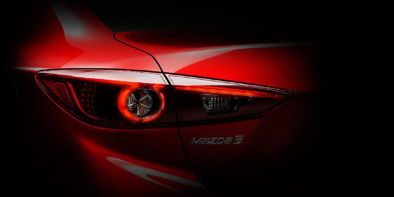 đánh giá Mazda 3 Premium 2019 đèn hậu