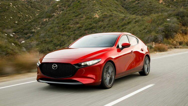 So sánh Mazda 3 và Honda City về động cơ