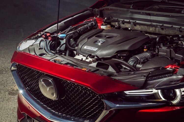 So sánh Tucson và CX5 bản tiêu chuẩn về động cơ và vận hành