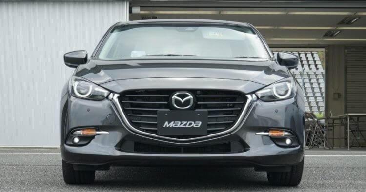 Đánh giá Mazda 3 2016 phần đầu xe