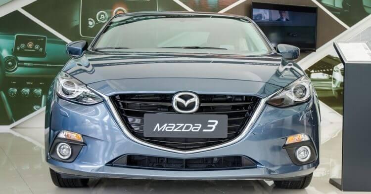 Đánh giá Mazda 3 2016 đầu xe với thiết kế tinh tế