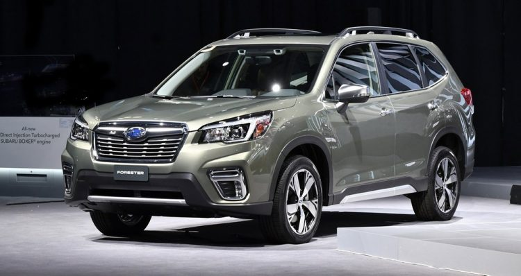 Bảng giá xe Subaru Forester mới nhất màu xám ánh kim