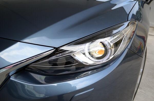 Đánh giá Mazda 3 2015 đèn pha
