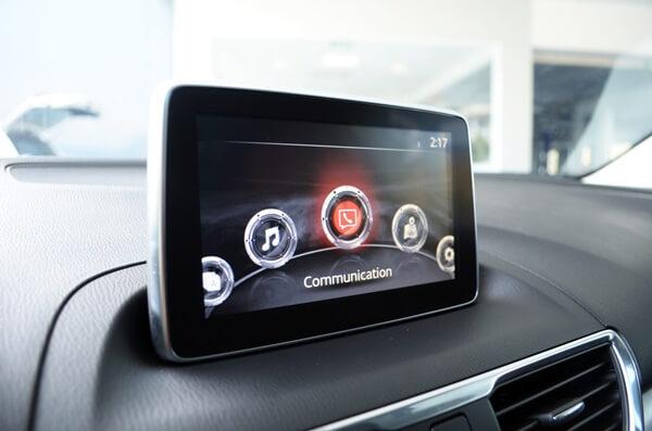Đánh giá màn hình giải trí 7inch xe Mazda 3 2015