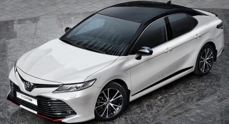 So sánh xe Camry và Vios về thiết kế đầu xe