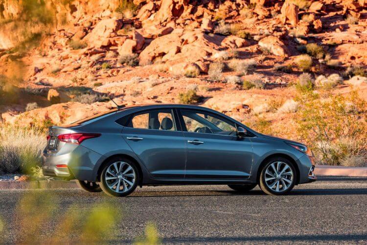So sánh Honda City và Hyundai Accent 2021 về thân xe