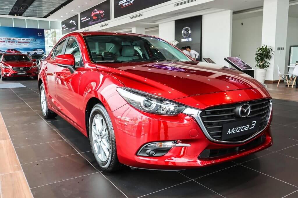 Đánh giá Mazda 3 Luxury 2019 đầu xe