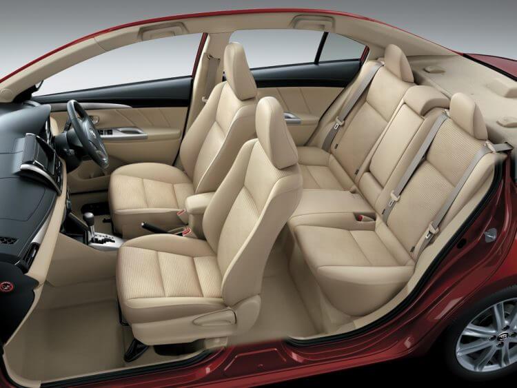 So sánh Vios và Mazda3 về ghế ngồi