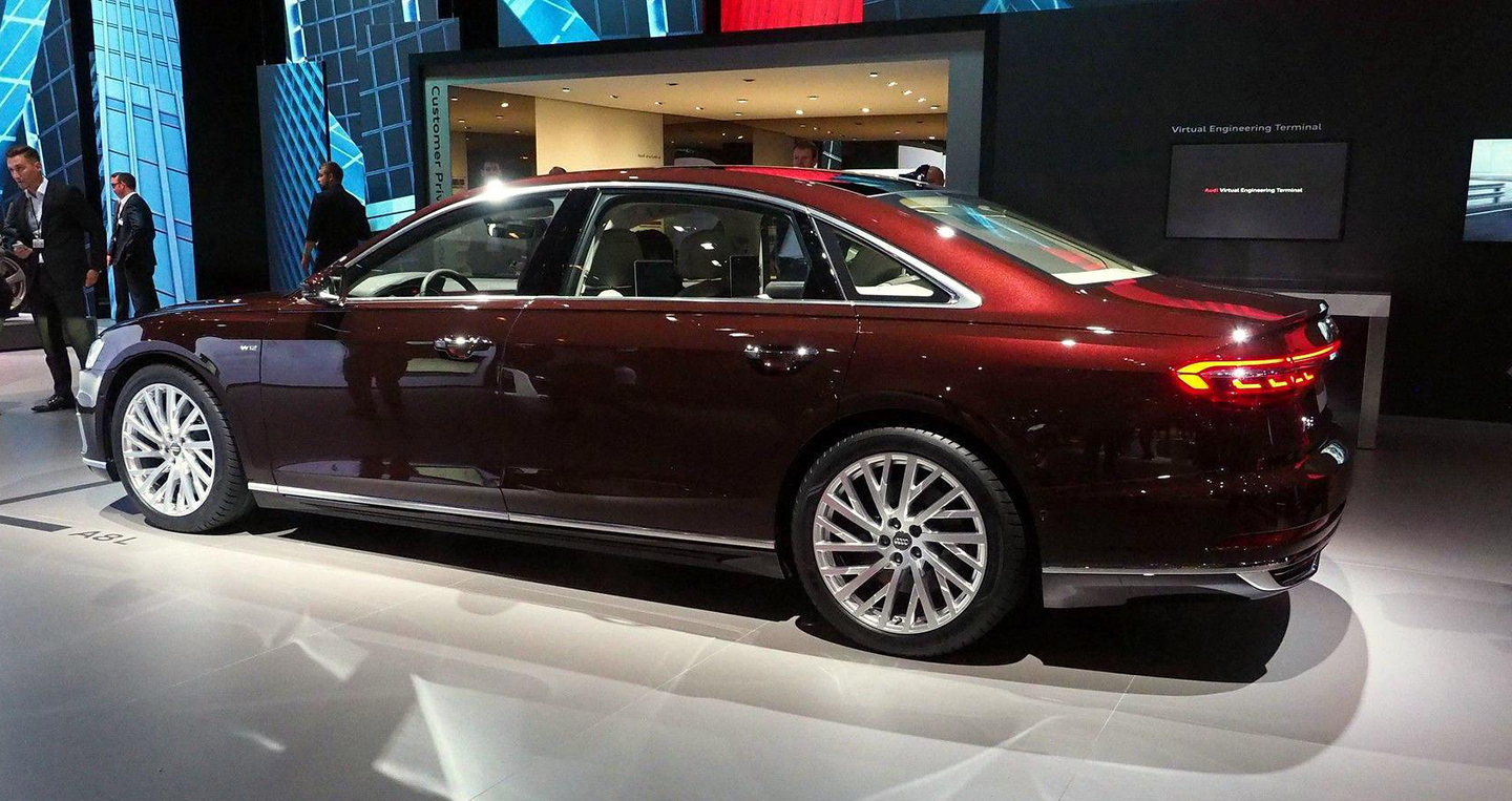 xe o to audi a8