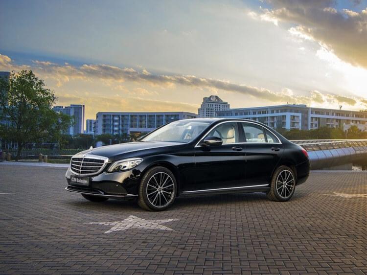 Gia lan banh xe Mercedes Benz C Class C 300 AMG