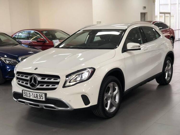 Khuyen mai khi mua Mercedes Benz GLA
