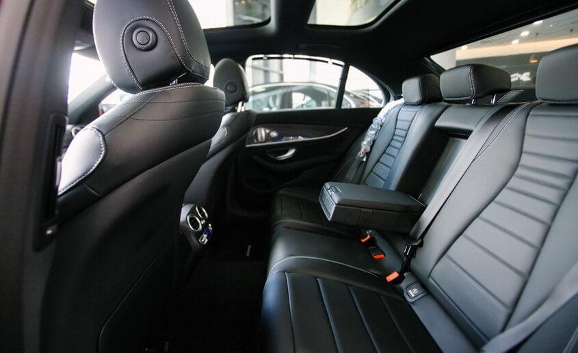 ghe sau Mercedes E300 2020