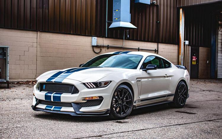 Thong so ky thuat Ford Mustang