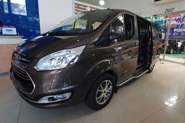 So luoc ve Ford Tourneo