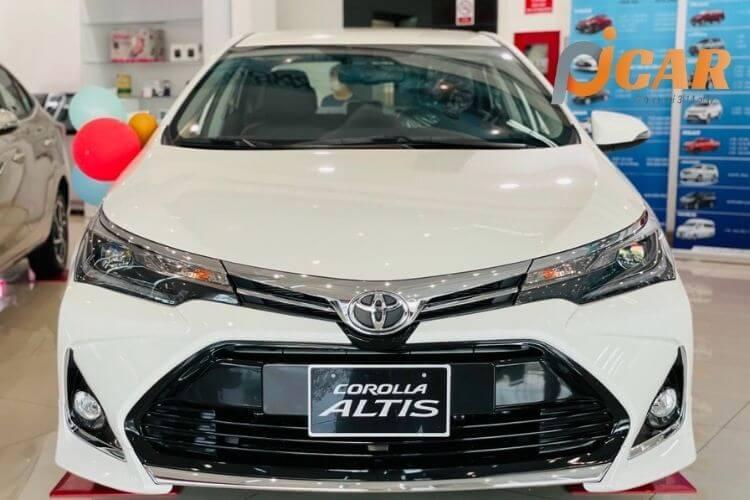 Đầu xe Toyota Corolla Altis 2021