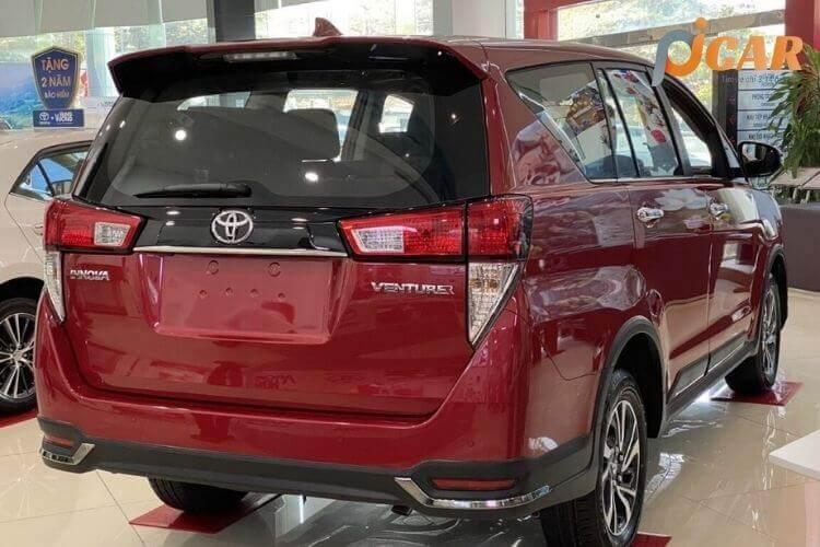 Đuôi Xe Toyota Innova 2021
