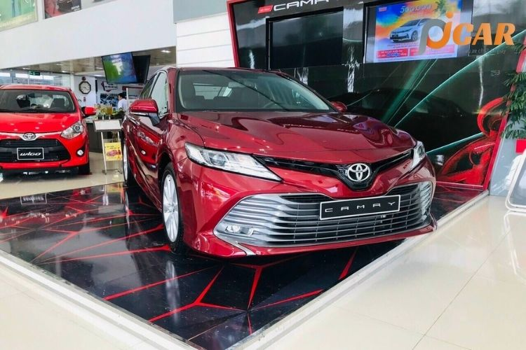Ngoại Thất Mẫu Xe Toyota Camry 2021