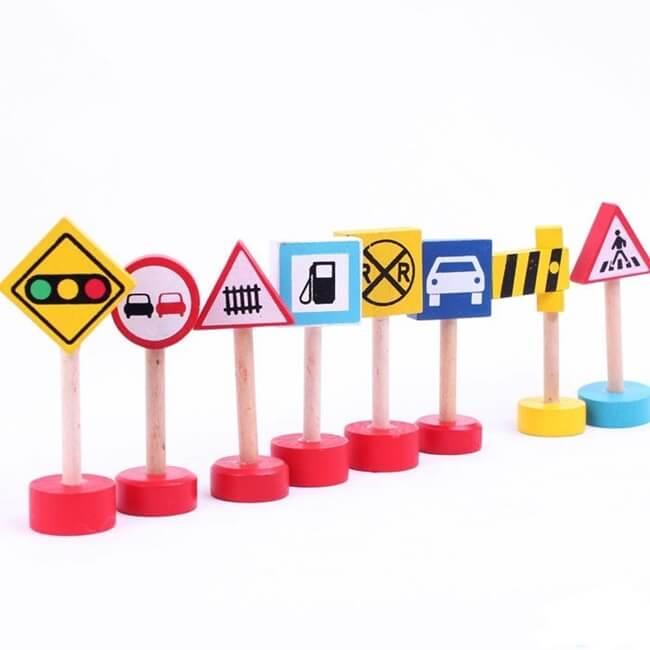có mấy loại biển báo giao thông