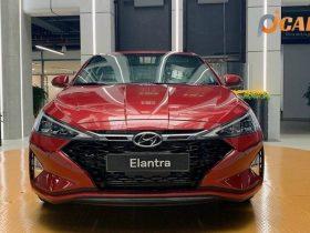 Giá xe Hyundai Elantra 2021