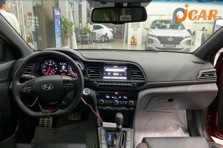Nội thất xe Hyundai Elantra 2021